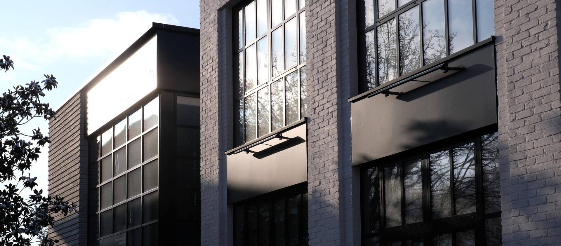 Architektur Florian + Eberhard Horn Loft-Gebäude Sprossenfenster