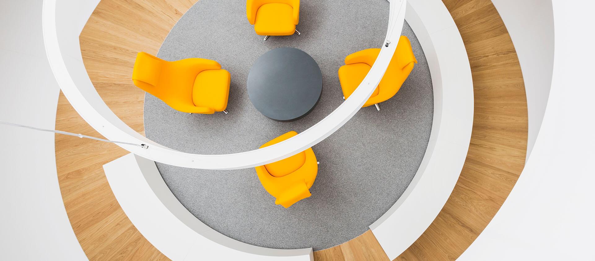 Bürogebäude geplant von Florian + Eberhard Horn, Wartebereich Kunden