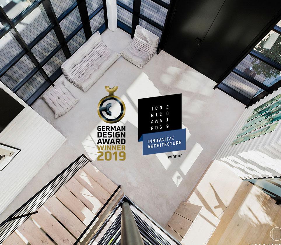 Offic Eberhard + Florian Horn von oben mit gewonnen Awards - hochkant